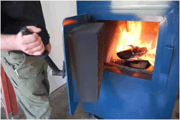 Как правильно топить твердотопливный котел дровами: советы, как топить котёл дровами