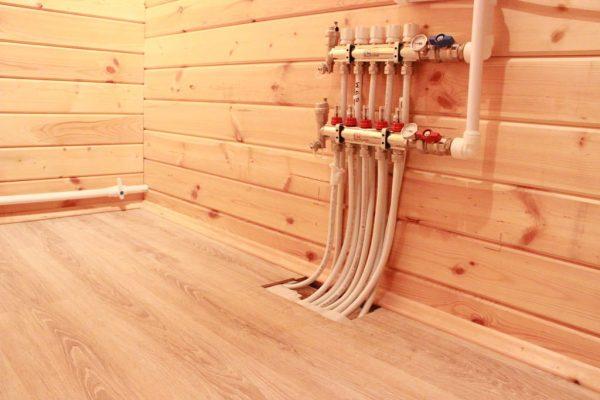 Теплый водяной пол по деревянному основанию