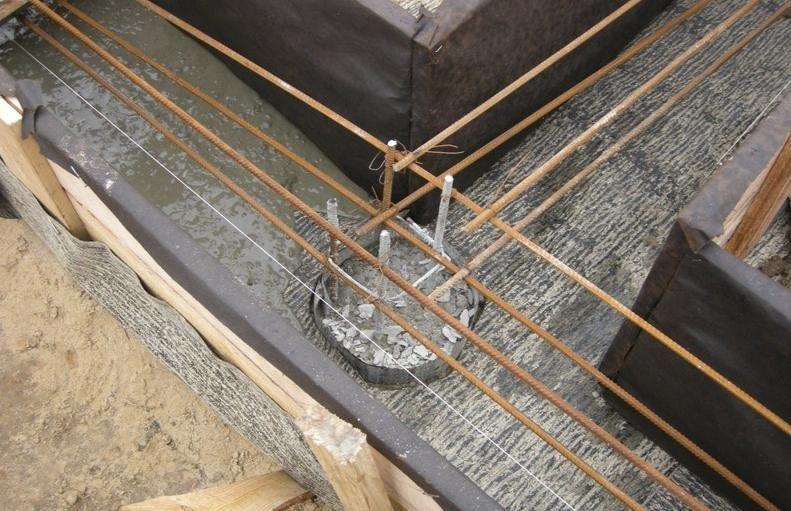 Как утеплить фундамент на винтовых сваях, как утеплить свайный фундамент