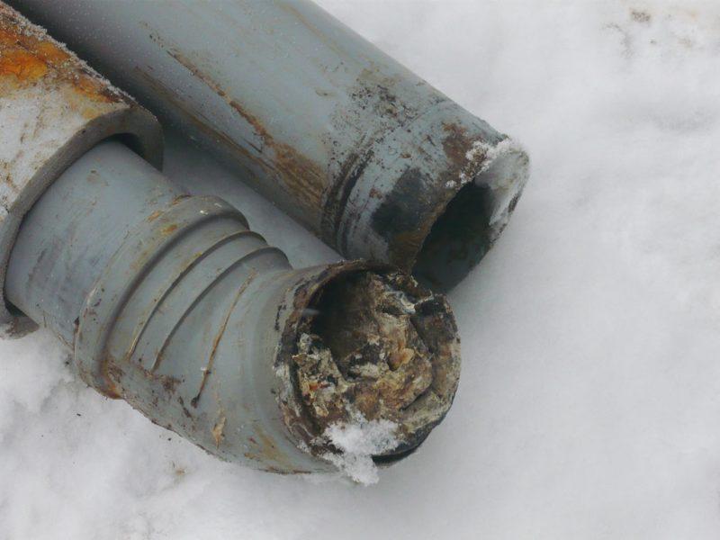 Уровень наклона канализационной трубы в частном доме